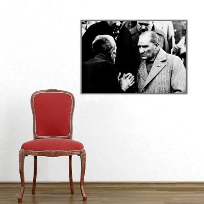 Atatürk Vatandaşla Konuşuyor Kanvas Tablo